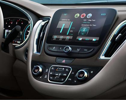2017 Chevrolet Malibu Premier Sedan Center Console
