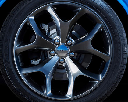 2017 Dodge Challenger SXT Plus Coupe Wheel