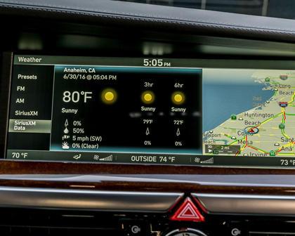 Genesis G90 Premium Sedan Center Console