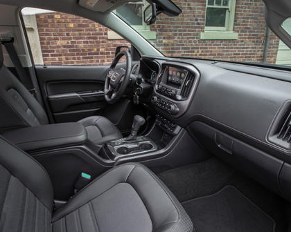 2018 GMC Canyon SLE Crew Cab Pickup Interior