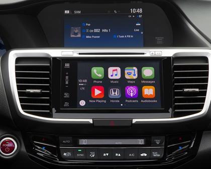 2017 Honda Accord Hybrid Touring Touring SedanCenter Console