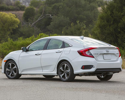 2017 Honda Civic Touring Sedan Exterior