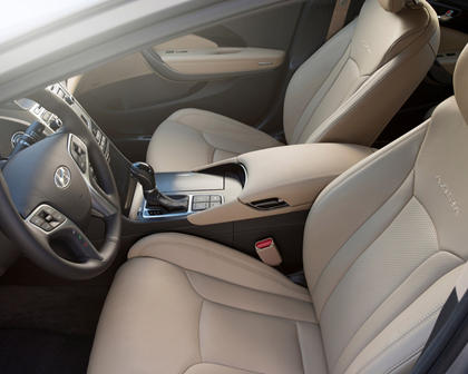 2017 Hyundai Azera Limited Sedan Interior