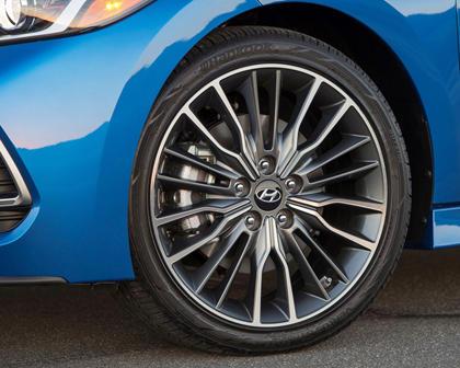 2018 Hyundai Elantra Sport Sedan Wheel