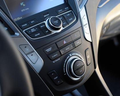 2018 Hyundai Santa Fe Sport 2.0T 4dr SUV Center Console
