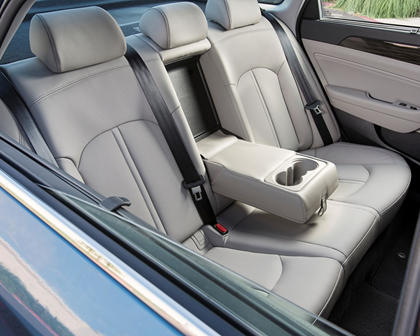 2017 Hyundai Sonata Plug-in Hybrid Limited Sedan Rear Interior