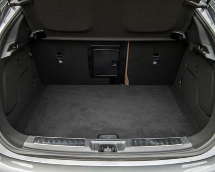 2018 INFINITI QX30 Premium 4dr SUV Cargo Area
