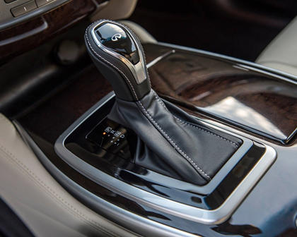 2017 INFINITI QX60 4dr SUV Shifter
