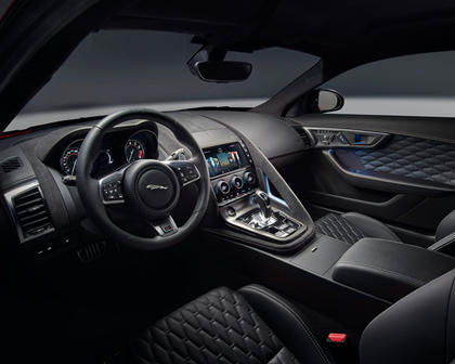 2018 Jaguar F-TYPE SVR Coupe Dashboard