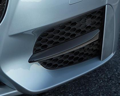 2018 Jaguar XF 20d R-Sport Sedan Exterior Detail