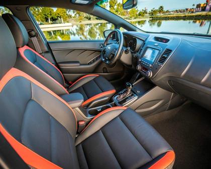 2017 Kia Forte SX 4dr Hatchback Interior Shown