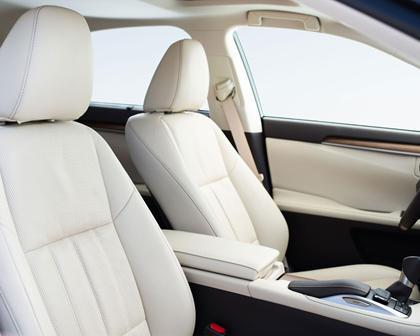2016 Lexus ES 300h Sedan Interior