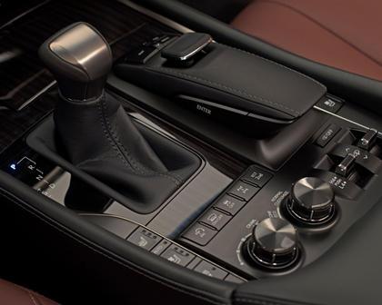 2017 Lexus LX 570 4dr SUV Shifter