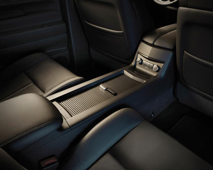 2018 Lincoln MKT Reserve Wagon Interior Detail