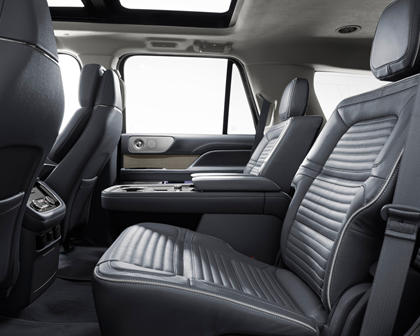 2018 Lincoln Navigator Black Label 4dr SUV Interior