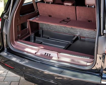2018 Lincoln Navigator L Black Label 4dr SUV Cargo Area