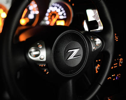 2018 Nissan 370Z Sport Tech Coupe Steering Wheel Detail