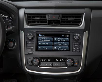 2017 Nissan Altima 2.5 SR Sedan Audio Console