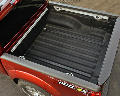 2017 Nissan Frontier PRO-4X Crew Cab Pickup Cargo Area Shown