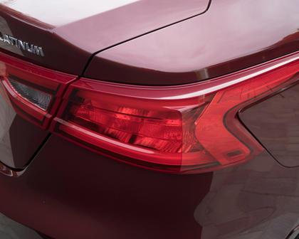 2017 Nissan Maxima Platinum Sedan Exterior Detail