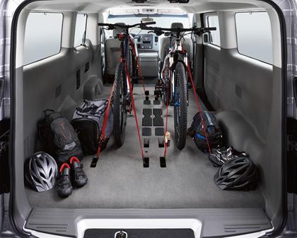 2017 Nissan NV Passenger 3500 SL Passenger Van Cargo Area