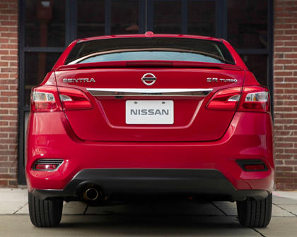 2017 Nissan Sentra SR TURBO Sedan Exterior