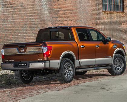 2017 Nissan Titan Platinum Reserve Crew Cab Pickup Exterior