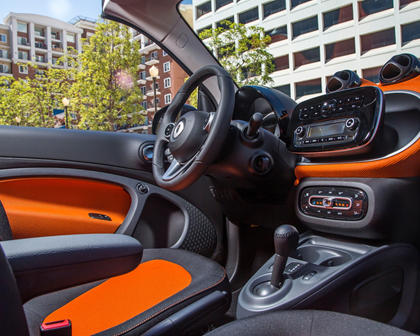 2017 smart fortwo passion Convertible Interior
