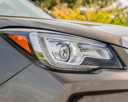 2018 Subaru Forester 2.0XT Touring 4dr SUV Headlamp Detail