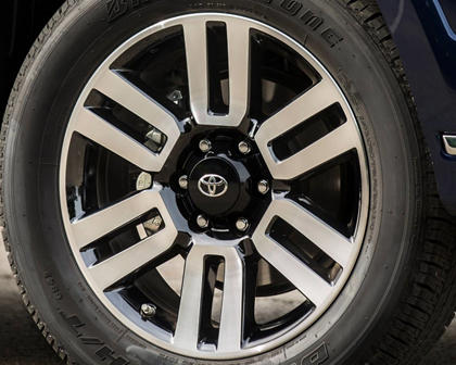 Toyota 4Runner Limited 4dr SUV Wheel