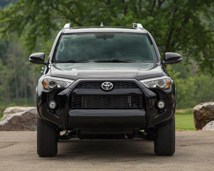 Toyota 4Runner SR5 Premium 4dr SUV Exterior Shown