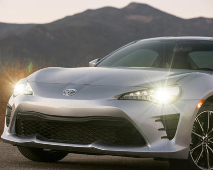 2017 Toyota 86 Coupe Front Badge