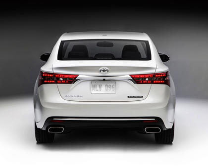 2018 Toyota Avalon Touring Sedan Exterior