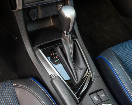 2018 Toyota Corolla SE Sedan Shifter