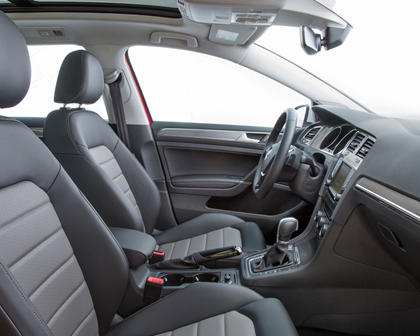 2017 Volkswagen Golf Alltrack TSI SEL Wagon Interior