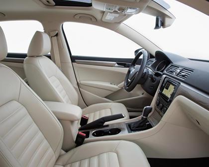 2017 Volkswagen Passat V6 SEL Premium Sedan Interior Shown