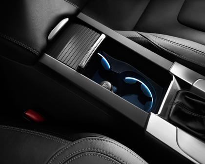 2018 Volvo S60 T5 Dynamic Sedan Cupholders