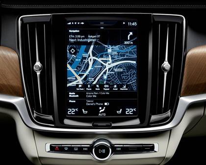 2018 Volvo  S90 Plug-in Hybrid Navigation System