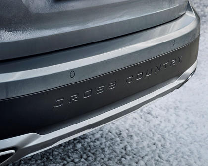 2017-2019 Volvo  V90 Cross Country Rear Bumper Closeup