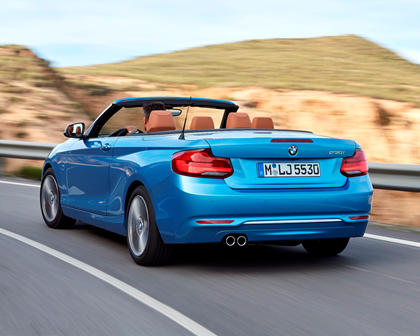 2018-2019 BMW 2 Series Convertible Left Rear Three-Quarter Dynamic