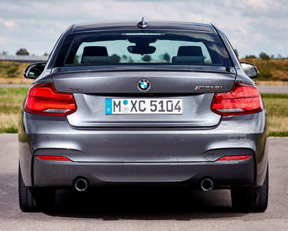 2018-2019 BMW 2 Series Coupe Rear View