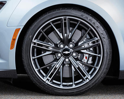 2017 Chevrolet Camaro ZL1 Coupe Wheel