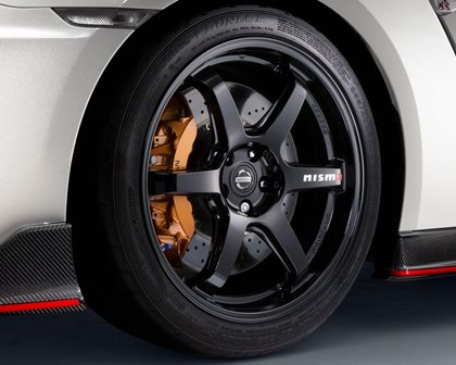 2017 Nissan GT-R NISMO Coupe Wheel