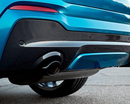 2015-2018 BMW  X4 Rear Bumper Closeup