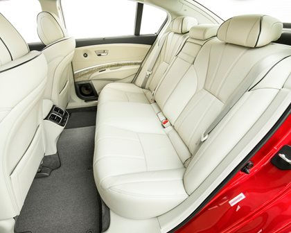 2018 Acura RLX Sport Hybrid Rear Seating