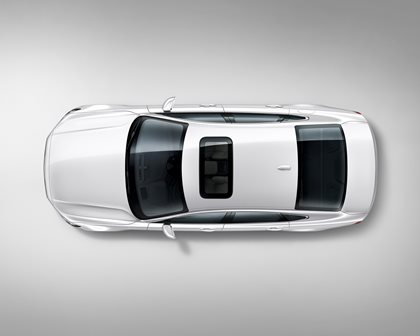 2018 Volvo  S90 Plug-in Hybrid Top View