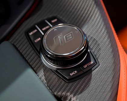 2019 BMW i8 Roadster Control Buttons