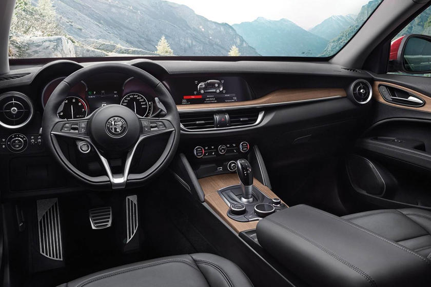 2018 Alfa Romeo Stelvio 4dr SUV Dashboard. Target Launch Fall 2017.