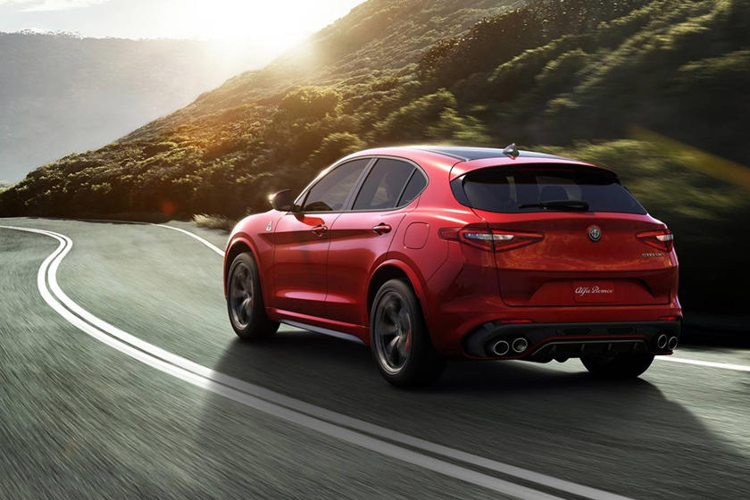 2018 Alfa Romeo Stelvio 4dr SUV Quadrifoglio Exterior Shown