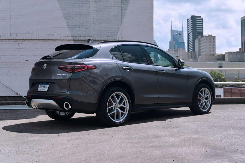 2018 Alfa Romeo Stelvio Sport 4dr SUV Exterior. Options Shown.